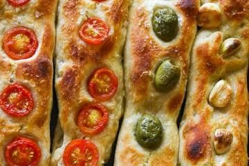 fresh veggie baguette bread