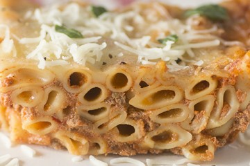 Beefy Red Pepper Baked Ziti Recipe