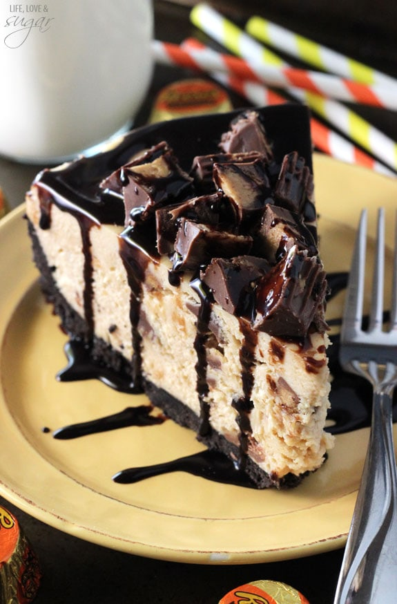 No Bake Reeses Peanut Butter Cheesecake