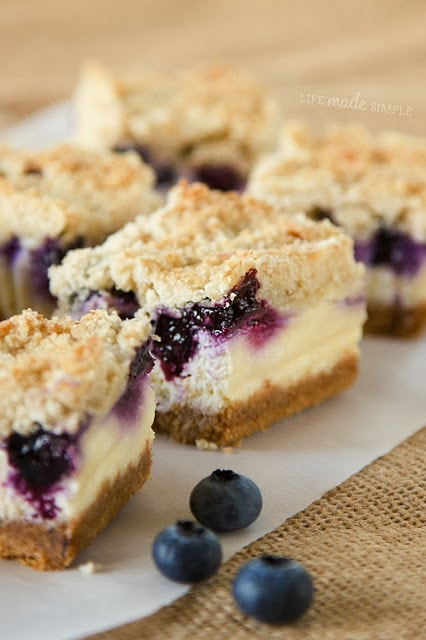 Blueberry Crumble Cheesecake Bars