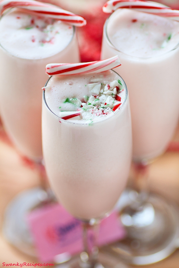 Peppermint Nog Punch | 29 Christmas Punch Recipes You Can Serve This Holiday