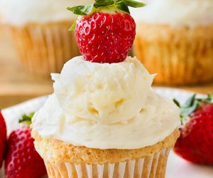 Strawberry Shortcake Cupcakes-3