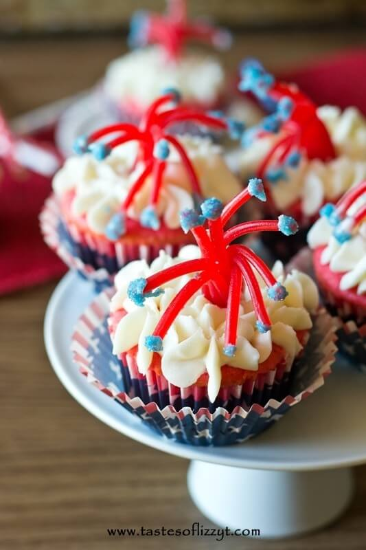 Firecracker Cupcakes - Celebrate summer holidays with these fun Firecracker Cupcakes. These cupcakes are delicious and easy to make.