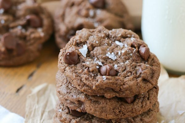 soft-baked-chocolate-cookies-4