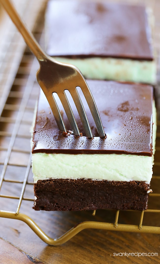 Mint Chocolate Brownies - Fudgy rich chocolate brownies with mint buttercream filling and chocolate frosting. A must make for holiday baking season.