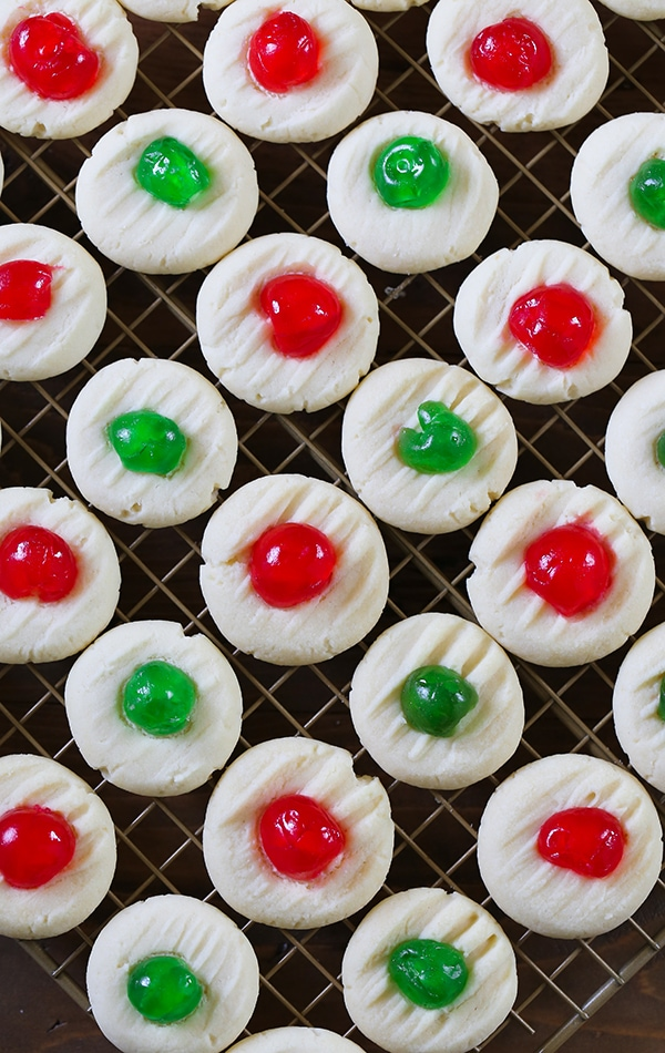 Whipped Shortbread Cookies made with just a few ingredients. These cookies are a holiday staple for Christmas. #cookies