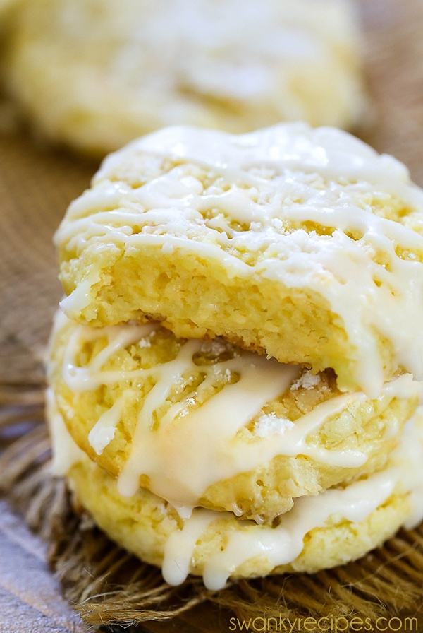 Gooey Butter Cookies - Decadent gooey, chewy, and buttery cake mix cookies. These Gooey Butter Cookies have a rich butter flavor, chewy center, and luscious drizzled icing.