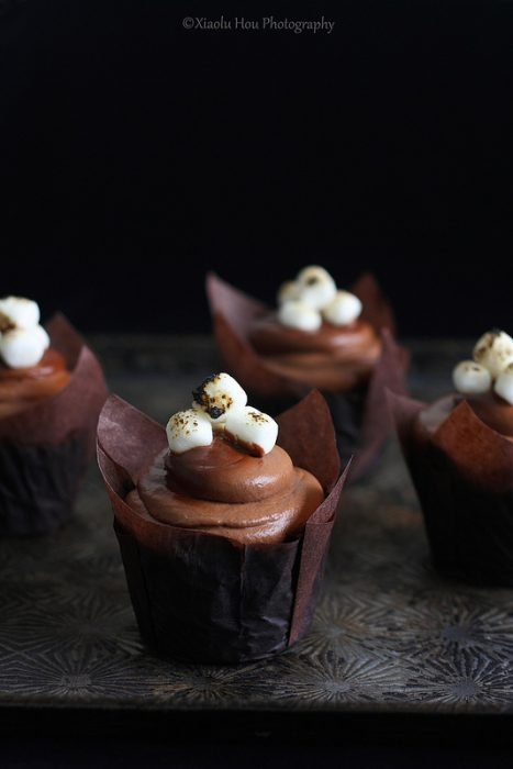 Chocolate Toasted Marshmallow Cupcakes