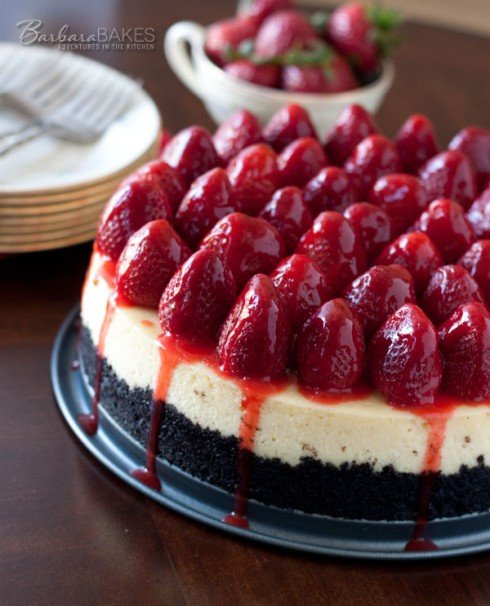 Strawberry Cheesecake with an Oreo Crust