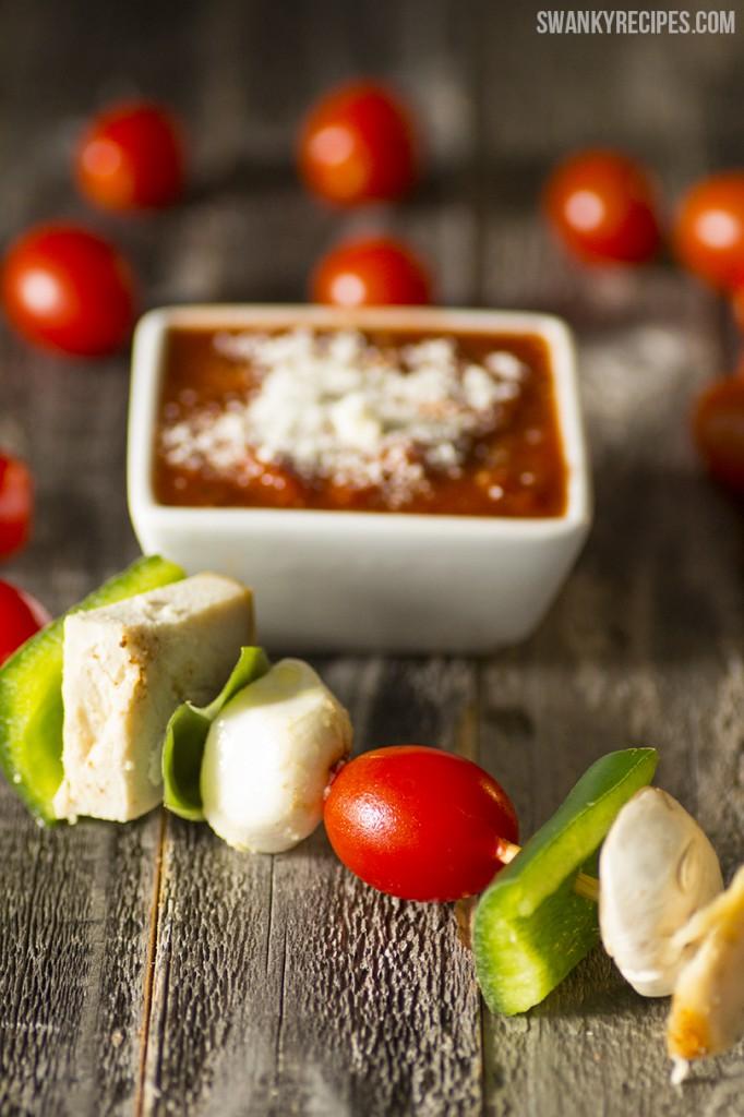 Garden Style Chicken Margherita Chicken Kebabs with Mushroom Ragú Sauce #NewTraDish