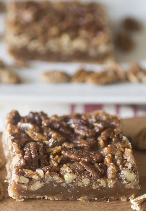 Easy-Pecan-Pie-Bars Recipe Photo