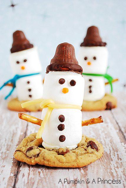 Marshmallow Snowman Cookies
