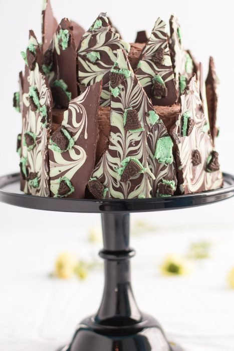 Irish Cream Mint Oreo Bark Cake