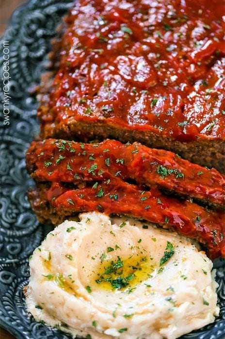 Meatloaf and mashed potatoes made in the instant pot pressure cooker in one pot!